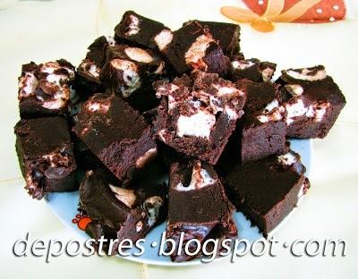BOCADITOS DE CHOCOLATE Y NUBES
