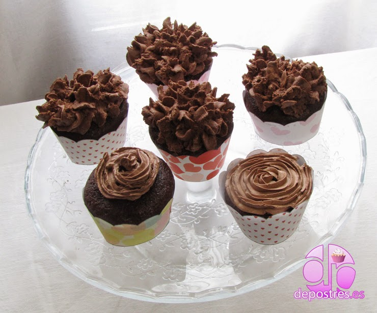 CUPCAKES DE DOBLE CHOCOLATE