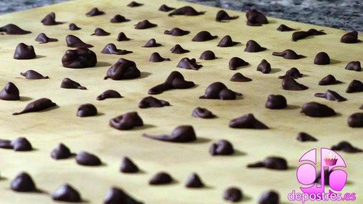 COMO HACER GOTITAS O CHIP DE CHOCOLATE