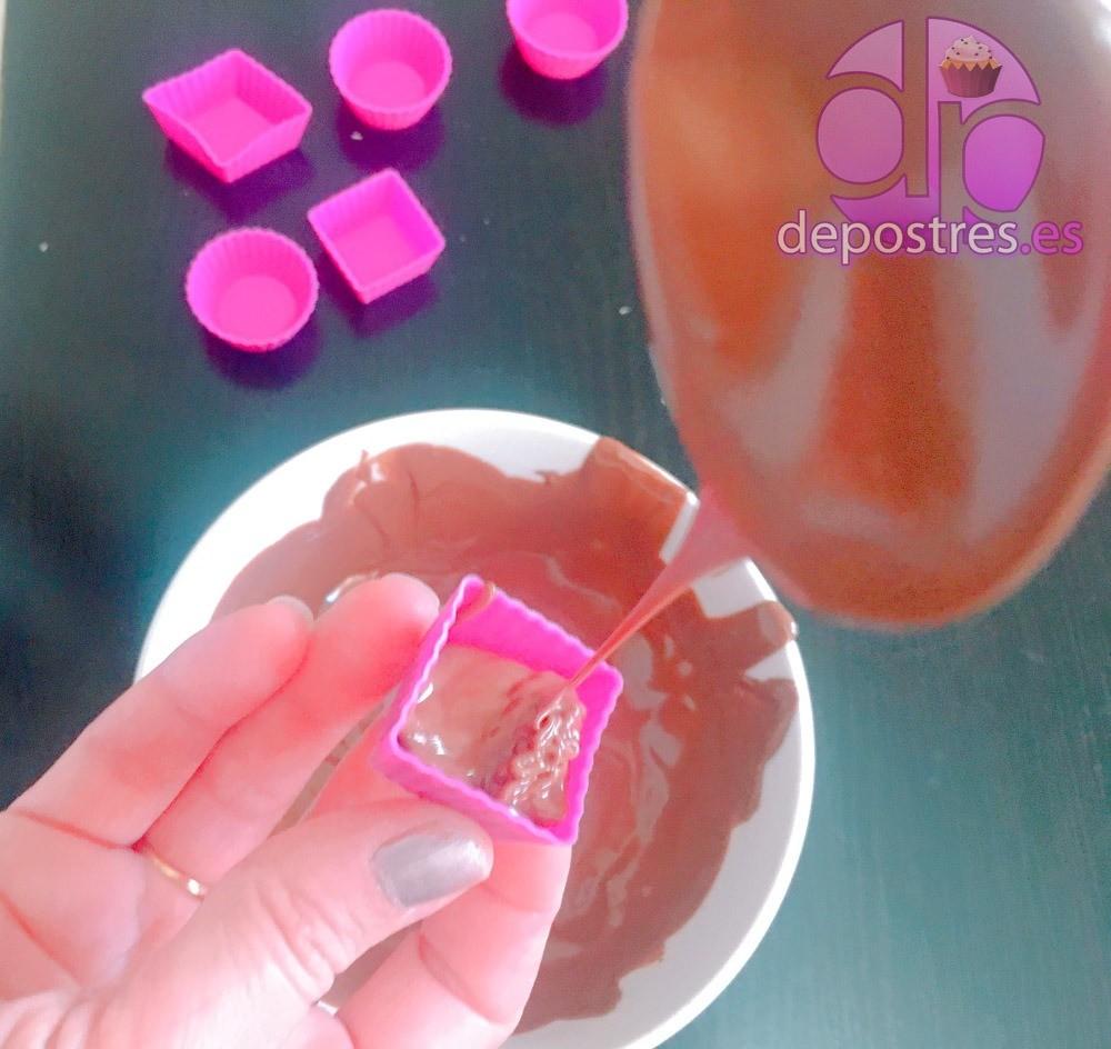 BOMBONES CRUNCHY DE CHOCOLATE CON NUTELLA Y ALMENDRA